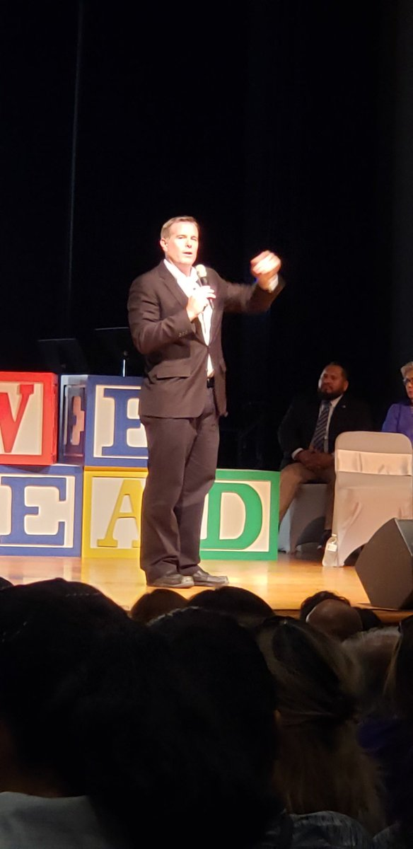 Thank you @DannyBrassell for visiting our district today! #DannySpeaks <br>http://pic.twitter.com/V00CJ4OUhl