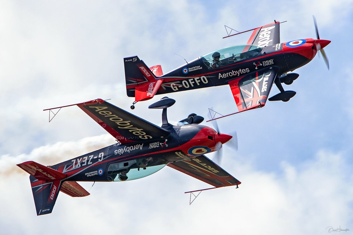 A little bit of @thebladesteam action from #biggin19 this past weekend. #NationalAviationDay #Avgeek #flywithlingy