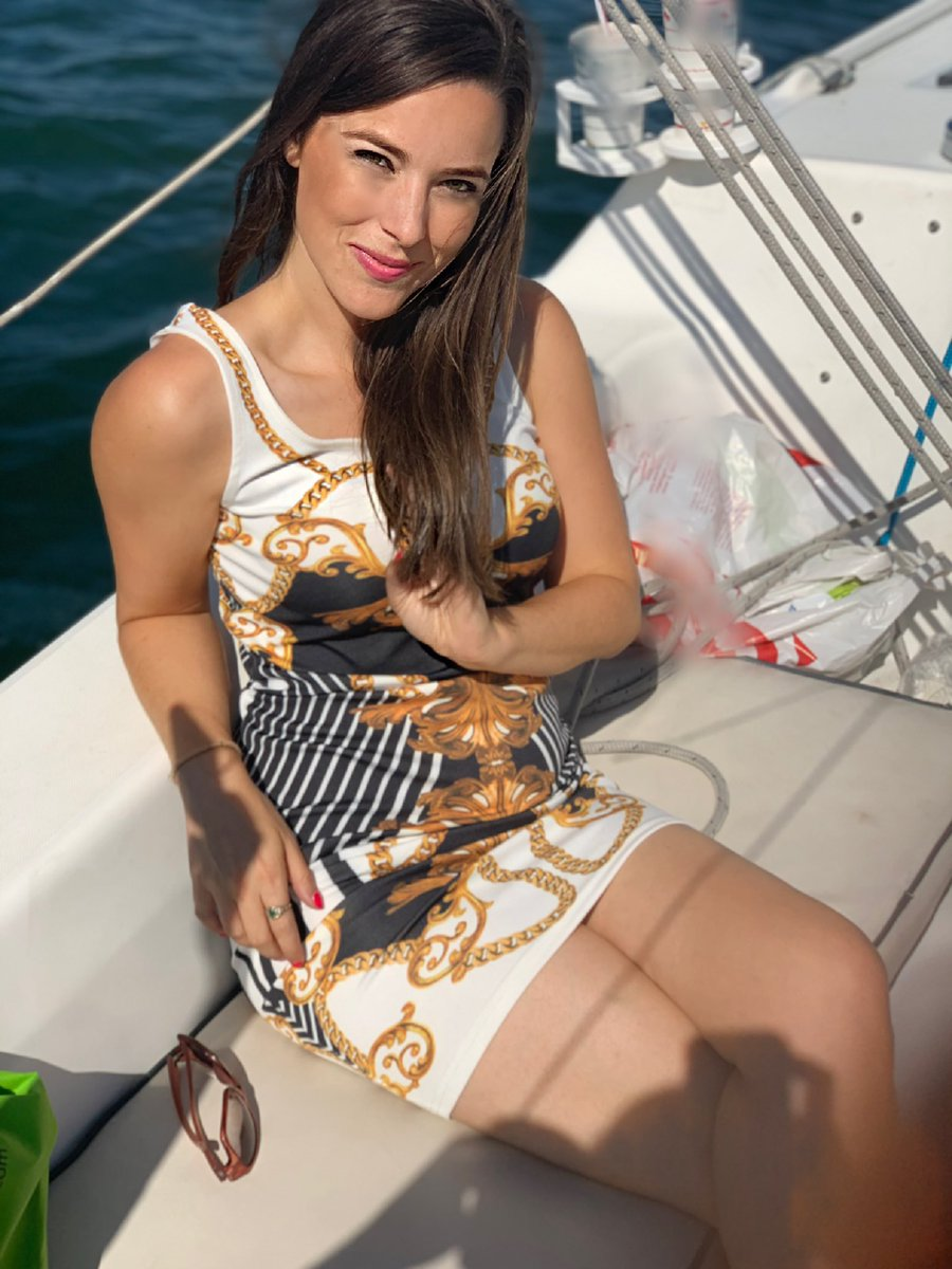 I could get used to boat life! #MondayMood <br>http://pic.twitter.com/49qgjlM3SN