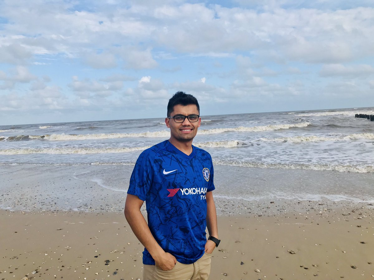 How does it look? @ChelseaFCinUSA @ChelseaFC From Houston, Texas! #cfc #football<br>http://pic.twitter.com/jGI0TttUxz