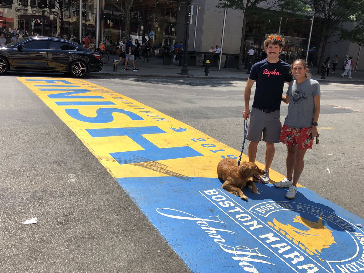 When 2018 #BostonMarathon champ @des_linden & @RL_linden stop by to visit @johnhancockusa with her pup Boston...that's #MondayMotivation <br>http://pic.twitter.com/xwqYHL2kKS