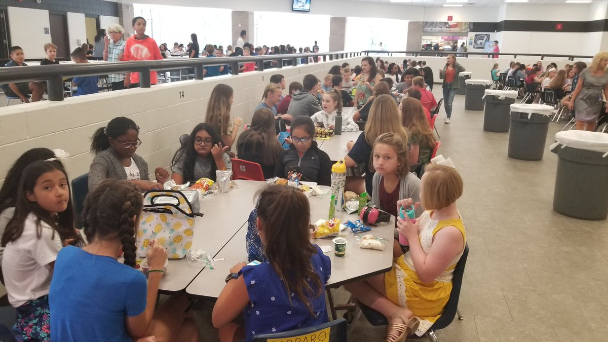 Our Wolves have worked up an appetite! @CTMSWolfWay #WeareGCISD #Wolfway<br>http://pic.twitter.com/zT4V2nTCGz
