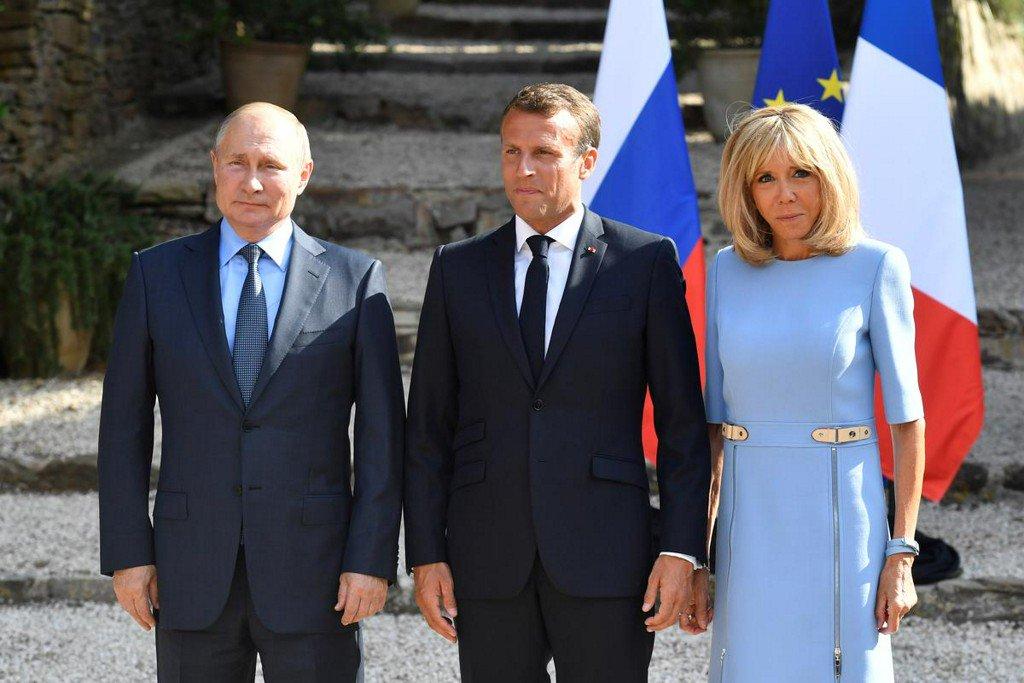 RT @Reuters: France's Macron urges Putin to respect democracy https://t.co/l6sjWAeUYy https://t.co/6b6QpRJKYj