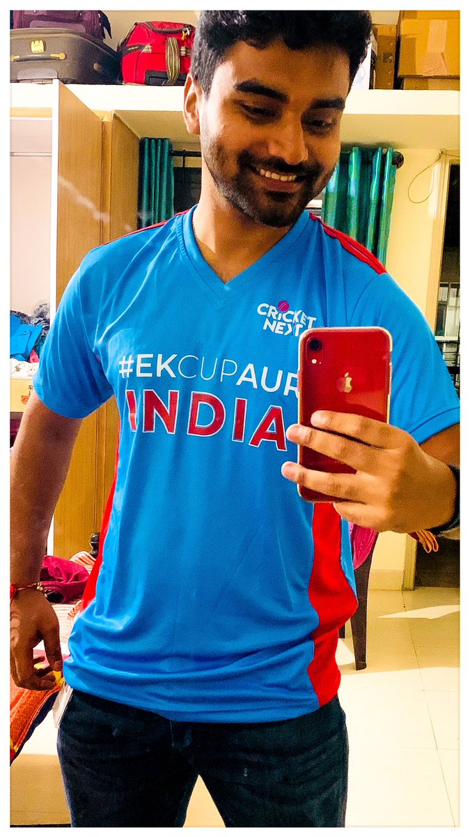 Here is my contribution for #WorldPhotographyDay2019 it is the best feeling wearing jersey printed INDIA on it. Vande Mataram 🇮🇳 Got it today!Thank You @cricketnext for this lovely merchandise. 🙌🏻 I am the winner of #EkCupAur Contest #ICCWorldCup2019 Trend over @twitter