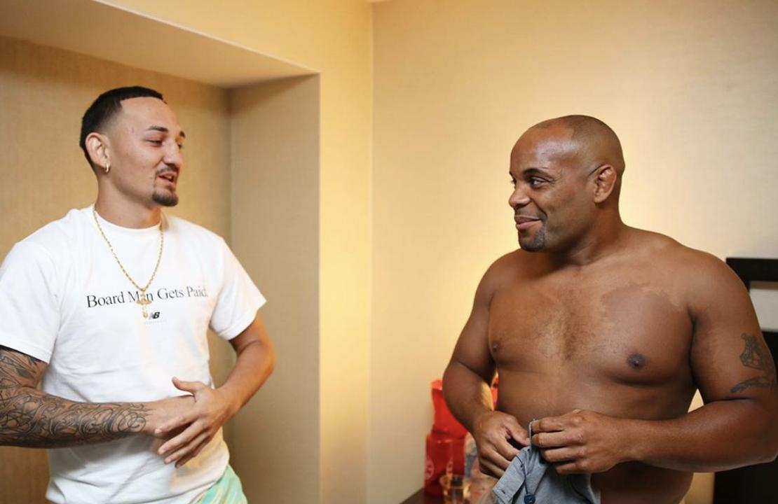 RT @Maclifeofficial: Max Holloway posts loving tribute to 'big brother' Daniel Cormier | https://t.co/aM4ByLMWW2 https://t.co/GgY01Om0A8