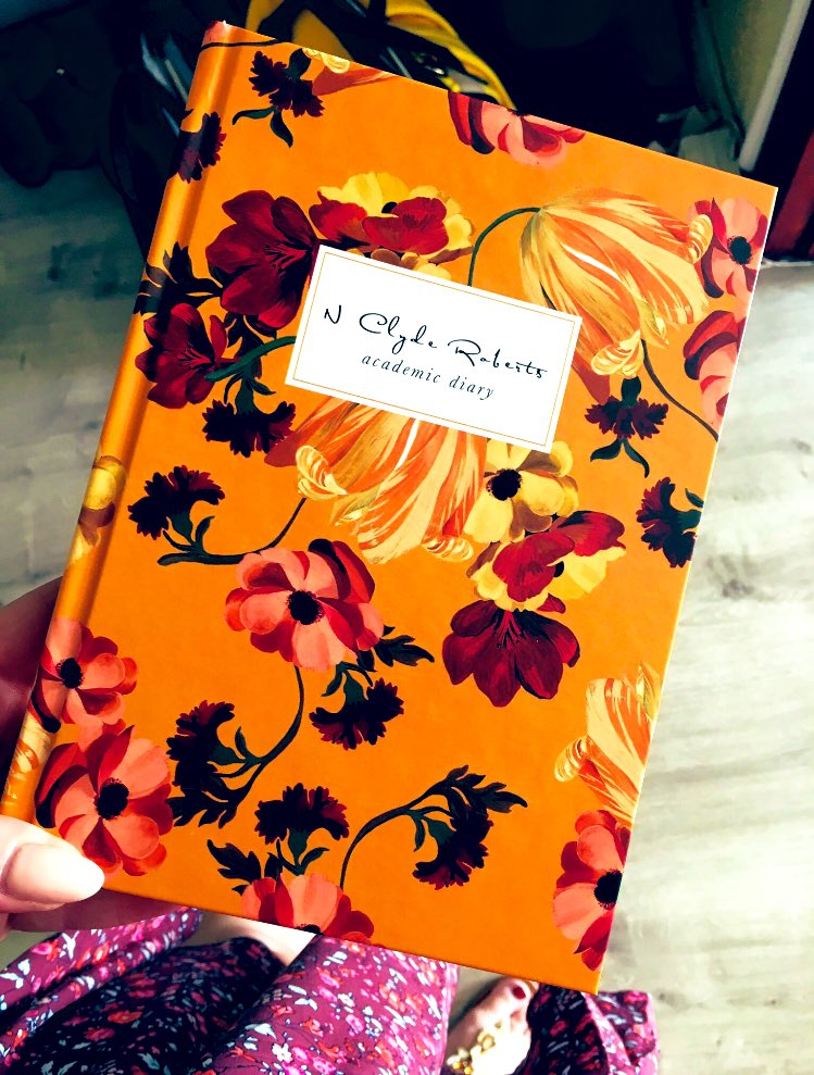 Personalised diary to accompany me throughout the busy academic year!  <br>http://pic.twitter.com/QgPDHehWMW