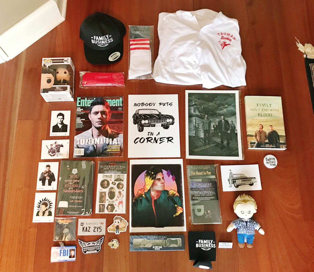 We are so excited to announce our next giveaway themed entirely around Dean Winchester! This giveaway is international and will run through August 26th. Click here to enter: rafflecopter.com/rafl/display/6…