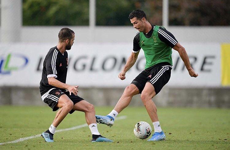 53fc7bc127 Cristiano Ronaldo (@Cristiano) | Twitter