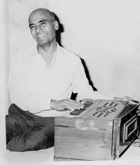 करोगे याद तो हर बात याद आएगी ... #khayyam sir, your immense contribution in the world of music will be always remembered. #RIP 💐💐💐.