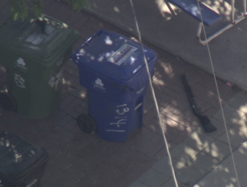 Arleta FATAL Officer Involved Shooting Family Disturbance A gun by the body of the deceased person in the alley 2 in custody from the home surrounding the shooting & 2 other guns in the backyard a pistol on a trash can & shotgun on the ground Investigation starting @KCBSKCALDesk