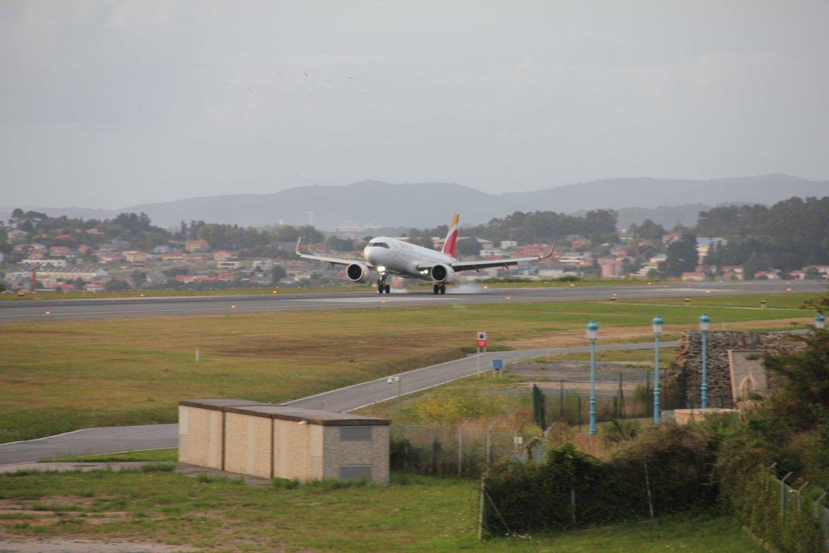 Aeropuerto A Coruna Aeropuerto Lcg Twitter