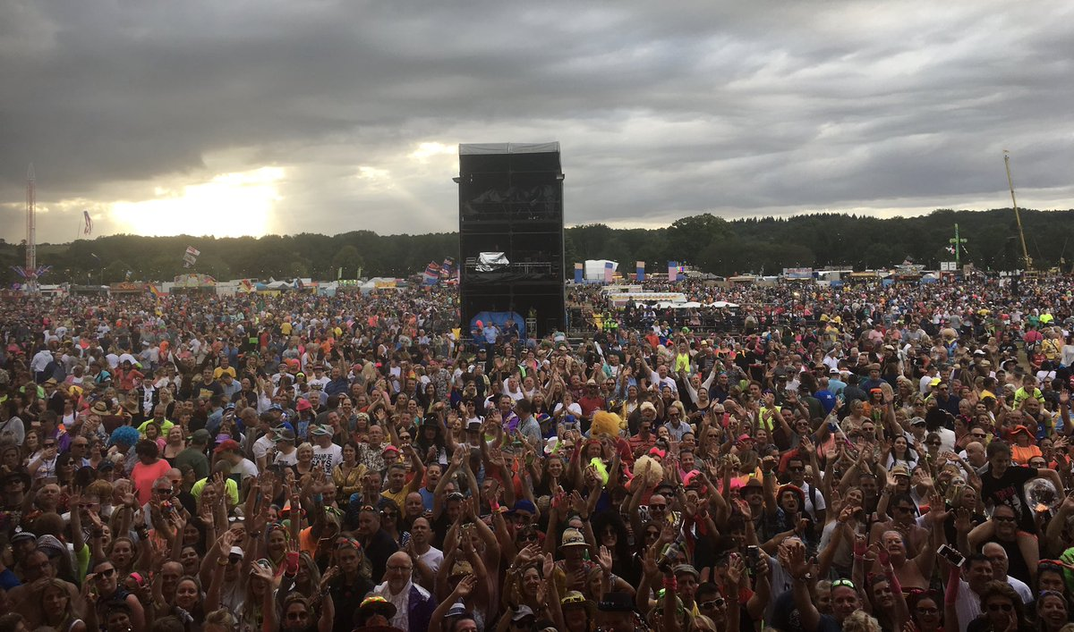 Had a blast at @rewindfestival this weekend! Tag yourself in the comments if you see yourself! #teamtiff