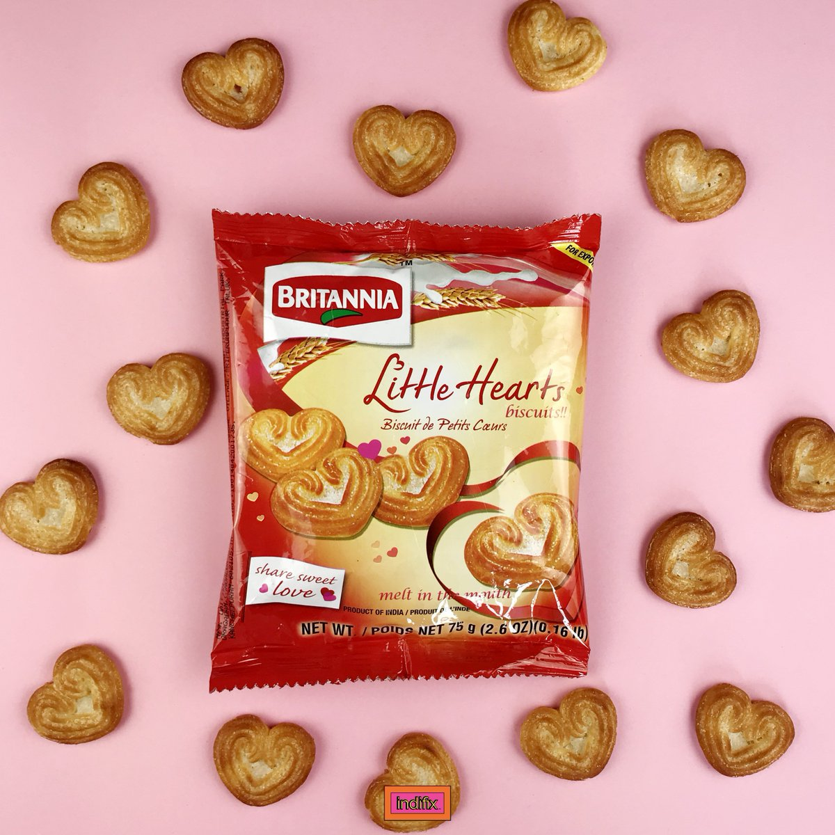 Happy Monday! Our Featured Snack of the Day are these bite-sized Little Hearts for all you heartbreakers out there!Baked light & crisp, these little hearts dissolve into delicious goodness in your mouth!Are you ready to #breaksomehearts? Enter our giveaway, link in our bio! <br>http://pic.twitter.com/UA6yELXDvq