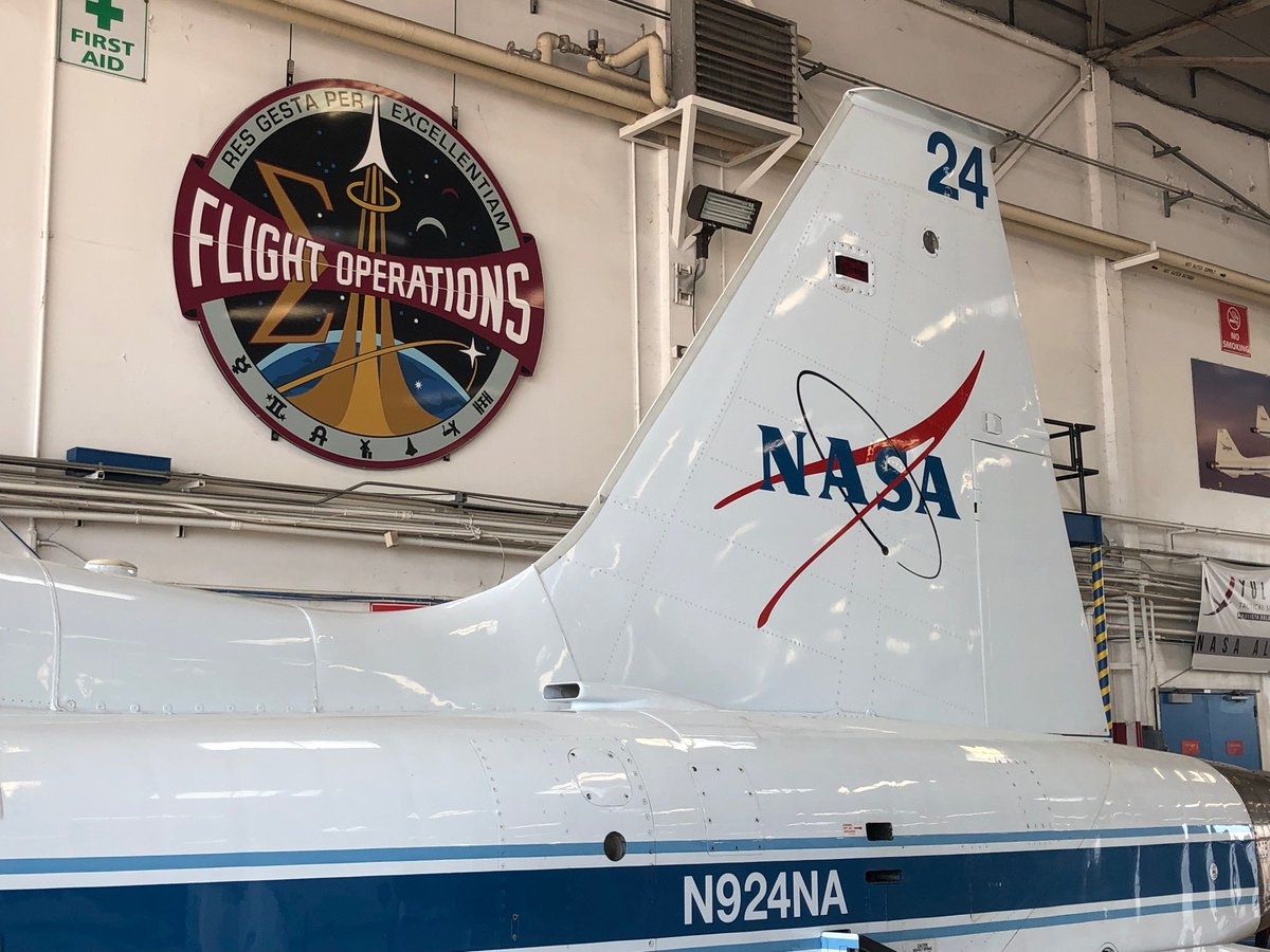 Today is #NationalAviationDay! Ellington Field is the heart of NASA Johnson's flight operations, where we train astronauts for spaceflight in T-38 jets just like this. 👨🚀✈️👩🚀 Did you know T-38 jets can reach speeds as high as Mach 1.3? 💨