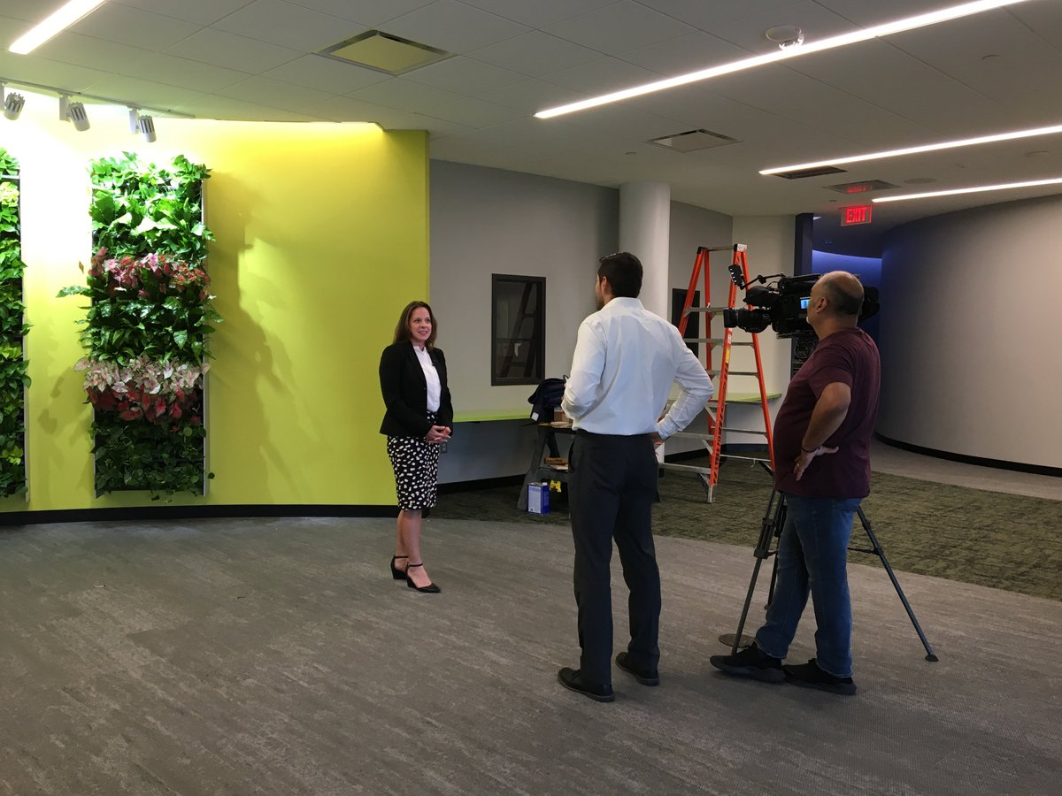 @unichicago was on site this afternoon at Sherlock interviewing Supt. Rudy Hernandez and Principal Mary Kassir for a preview on the schools ribbon cutting and grand opening! Tune in today at 5 p.m. for more! #ignite99 #ilumina99 #ignitED99 #weareSherlock #somossherlock