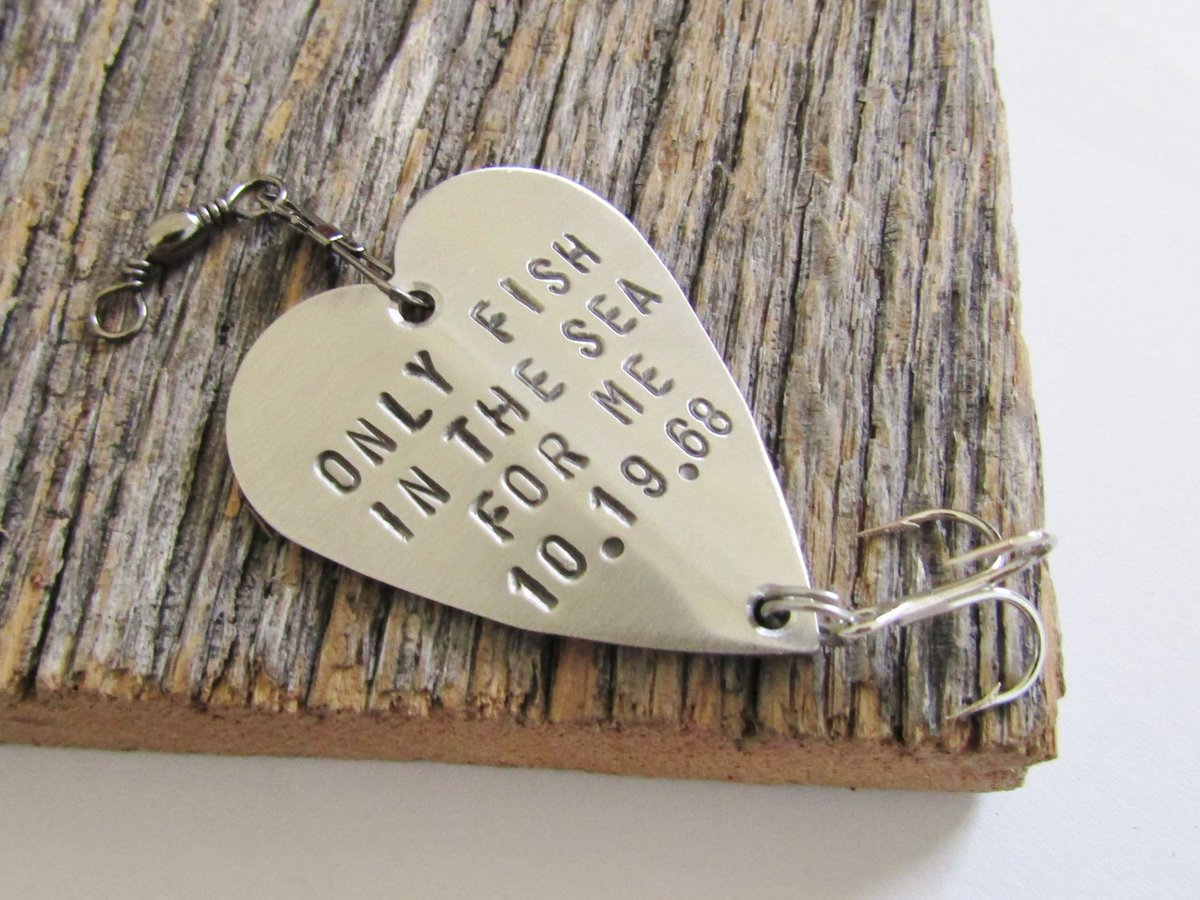 Christmas Gift for Boyfriend Christmas Present Idea Fishing Lure Personalized Christmas Gift Wife Christmas Gift Winter Wedding Favor Ideas http://tuppu.net/f0f8e93a #CandTCustomLures #Shopify #Christmas_gift