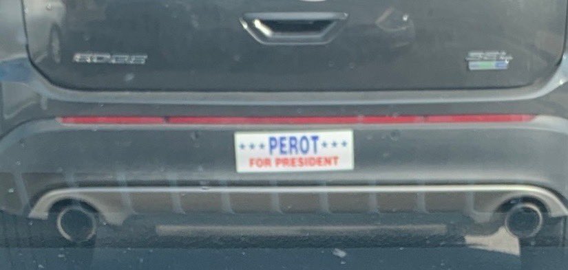 Old school cred to the guy in front of me at the stoplight