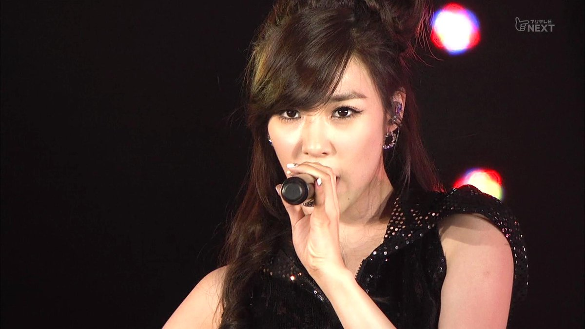 #SNSD - HootVK (Full + Link) https://vk.com/video495880484_456239872…110820 K-POP All star Live in Niigata(放送 110924 Director's Cut) #少女時代 #소녀시대 #SNSDOnThisDay in 2011
