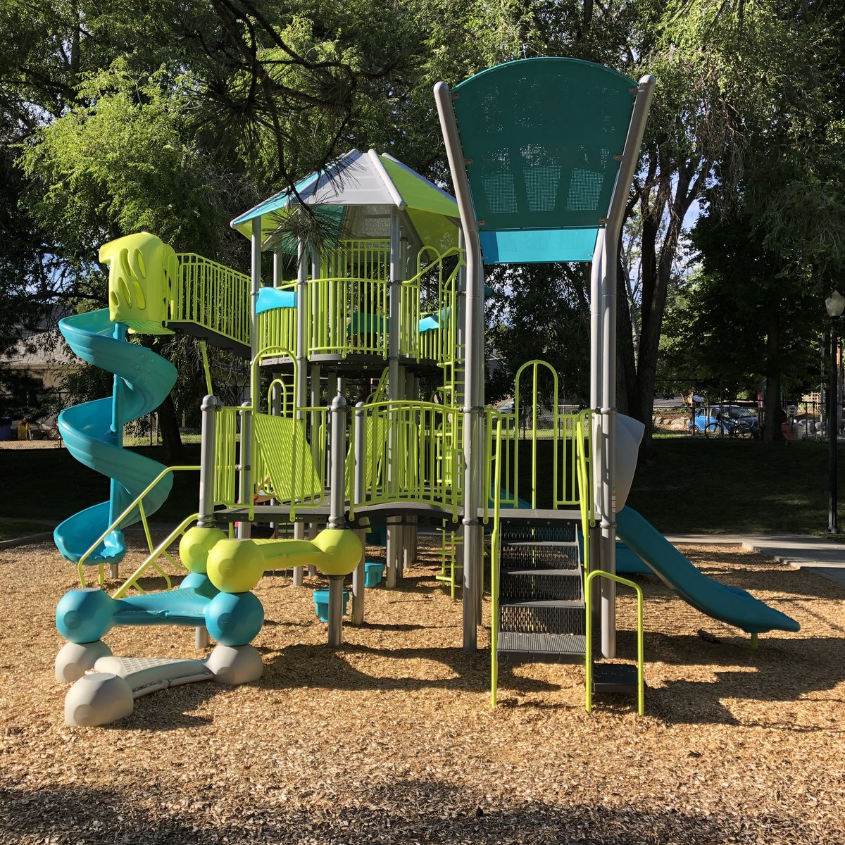 The only valid marker of generational differences is playground aesthetics.