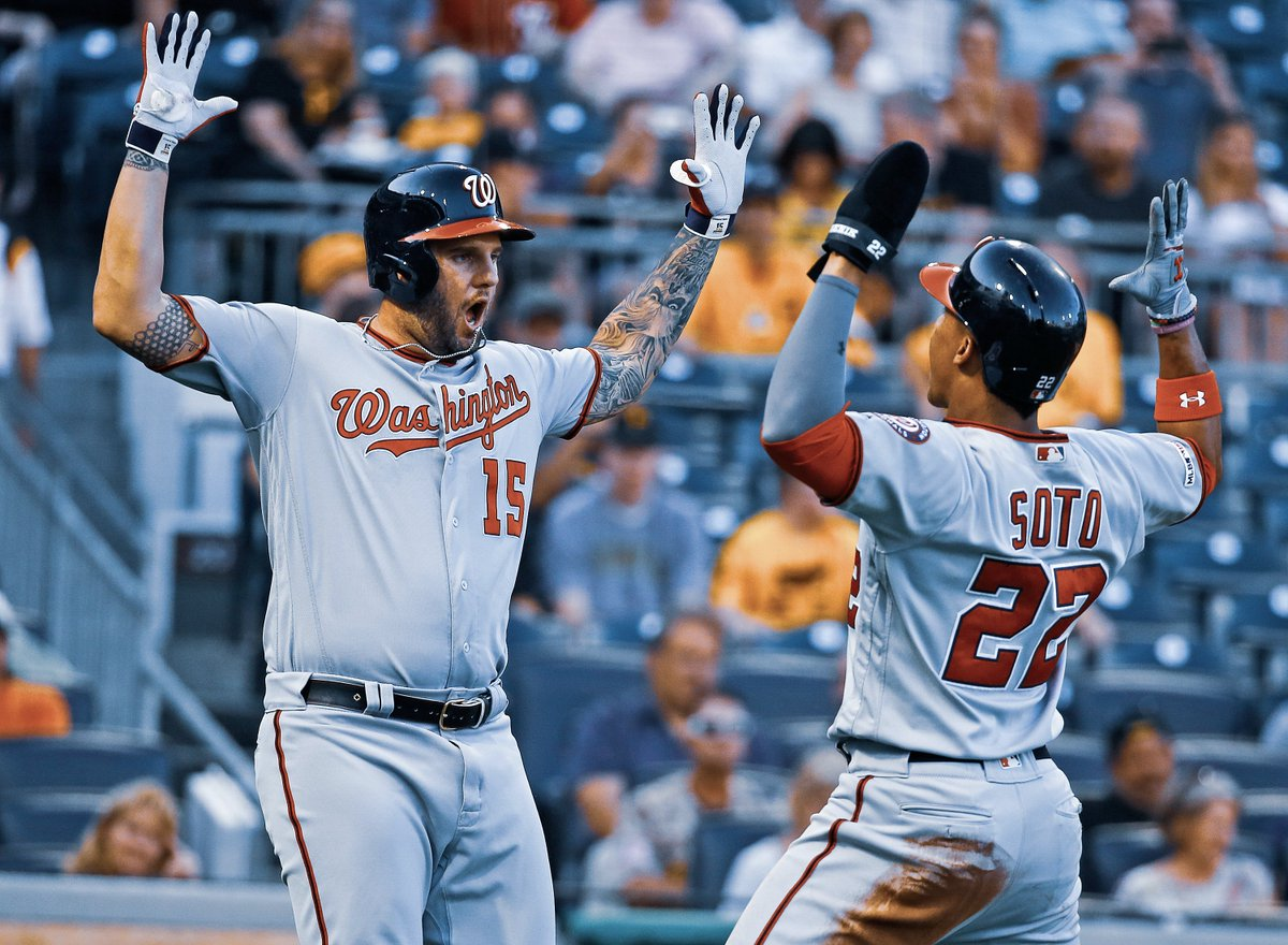 The @Nationals are the 1st NL team to score 13+ runs in 3 straight games since the 1996 Rockies.