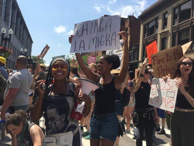 Activists challenge ICEprofiteers prisondivest.com/2019/08/17/act…