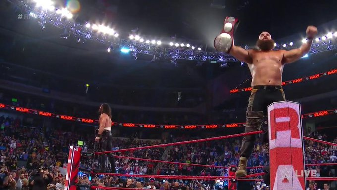 Seth Rollins And Braun Strowman Capture The RAW Tag Team Titles On Tonight's Show (Photos, Videos)
