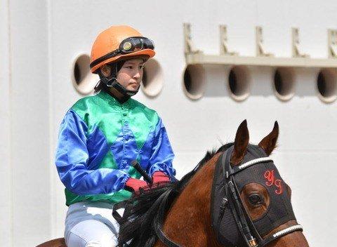 【競馬】リサ・オールプレスが藤田菜七子へ送ったメッセージが感動的すぎるwwwwww https://t.co/Q543P6UfTT