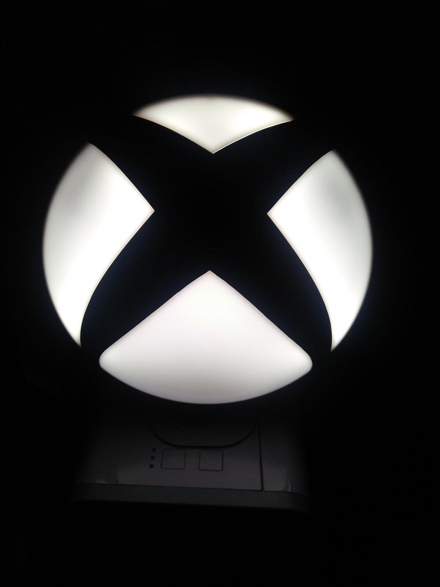 Newf Nukem On Twitter My Fantastic Wife Bought Me This Xbox Logo Lamp Today I Think It S Kinda Cool