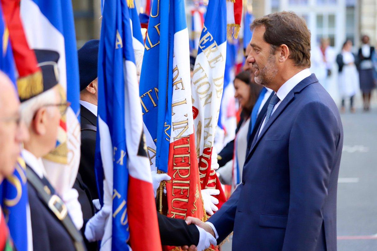 Aujourd'hui, dans cette cour, nous partageons l'honneur d'être Français, la chance d'être libres : c'est en partie grâce aux héros du 19 août. C'est grâce à l'union de femmes et d'hommes, partout dans la capitale, qui se sont soulevés et ont refusé l'oppression.