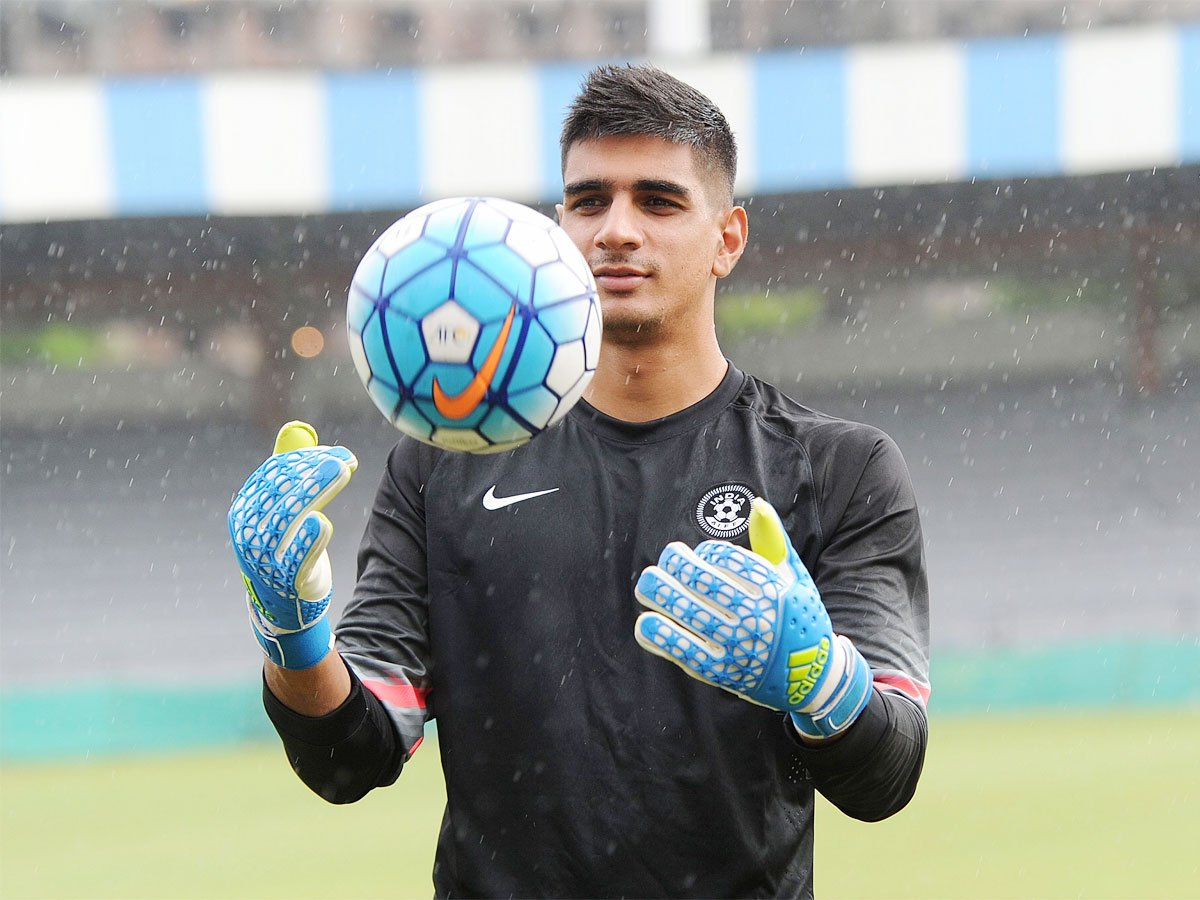 #GurpreetSinghSandhuNot afraid of any opponent in Asian Qualifiers for WC: @GurpreetGK ⚽️READ ⏩http://toi.in/fFTFCa/a24gk