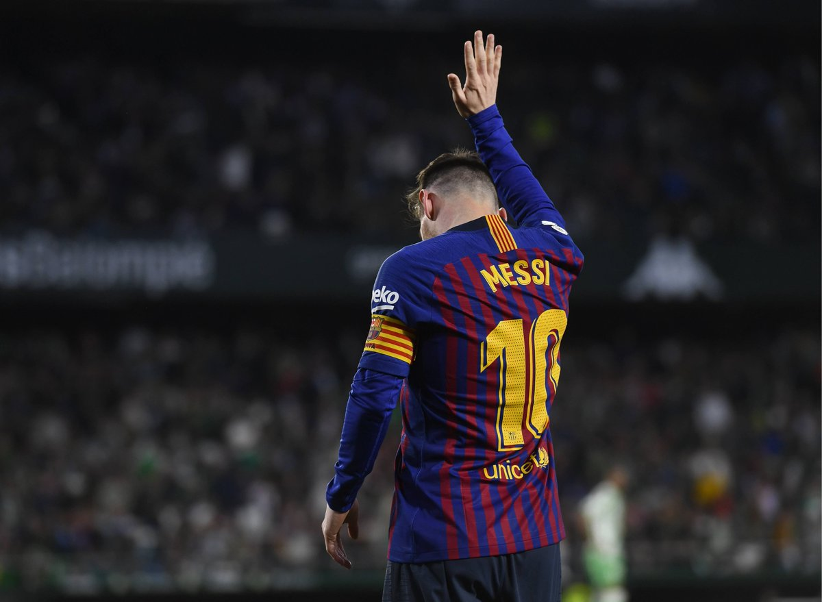 Lionel Messi has received FIFA Puskás Award nominations (7) without winning the award than any other player. His goal vs. Real Betis has another chance this year. 👀