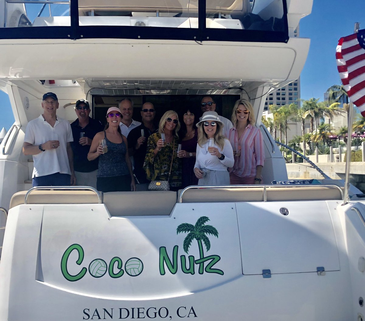 One of the things I love about @LPL events is spending time with friends we have met over my 27+years in the business! #LPLFocus #SanDiego #yachtlife @jpmorgan @LaPointeWealth https://t.co/3CIolbpqU0