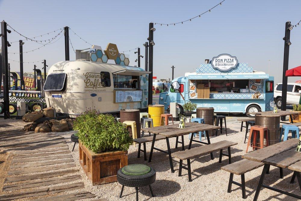 Food Trucks in Dubai   Things to do at Kite Beach