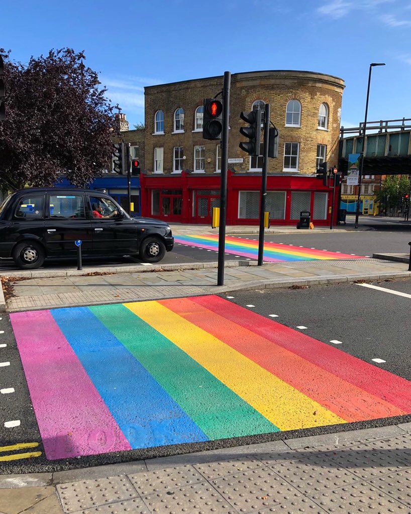 For the first time, a permanent rainbow crossing in solidarity with the LGBT+ community has been installed on a street in London. 🌈 The crossing is located at Herne Hill, near the entrance to Brockwell Park 💙 ⠀⠀⠀⠀⠀⠀⠀ #walktherainbow #lambethrainbowwalk #prideinlondon