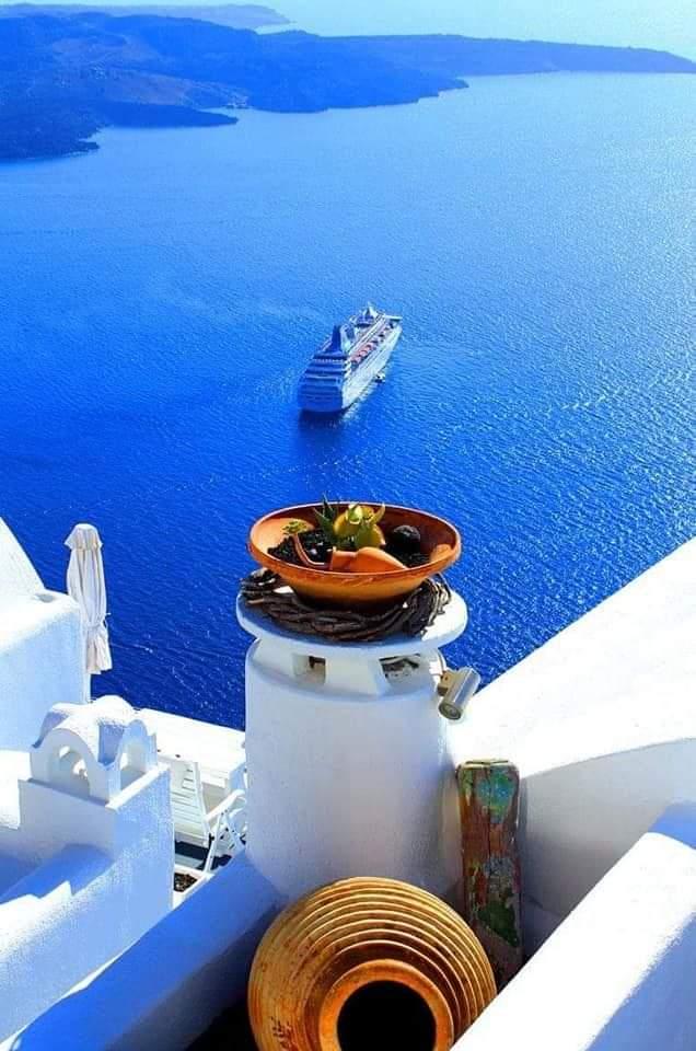 Good morning GREECE!!!          K a l y m e r a  <br>http://pic.twitter.com/lhkGzlnqIO
