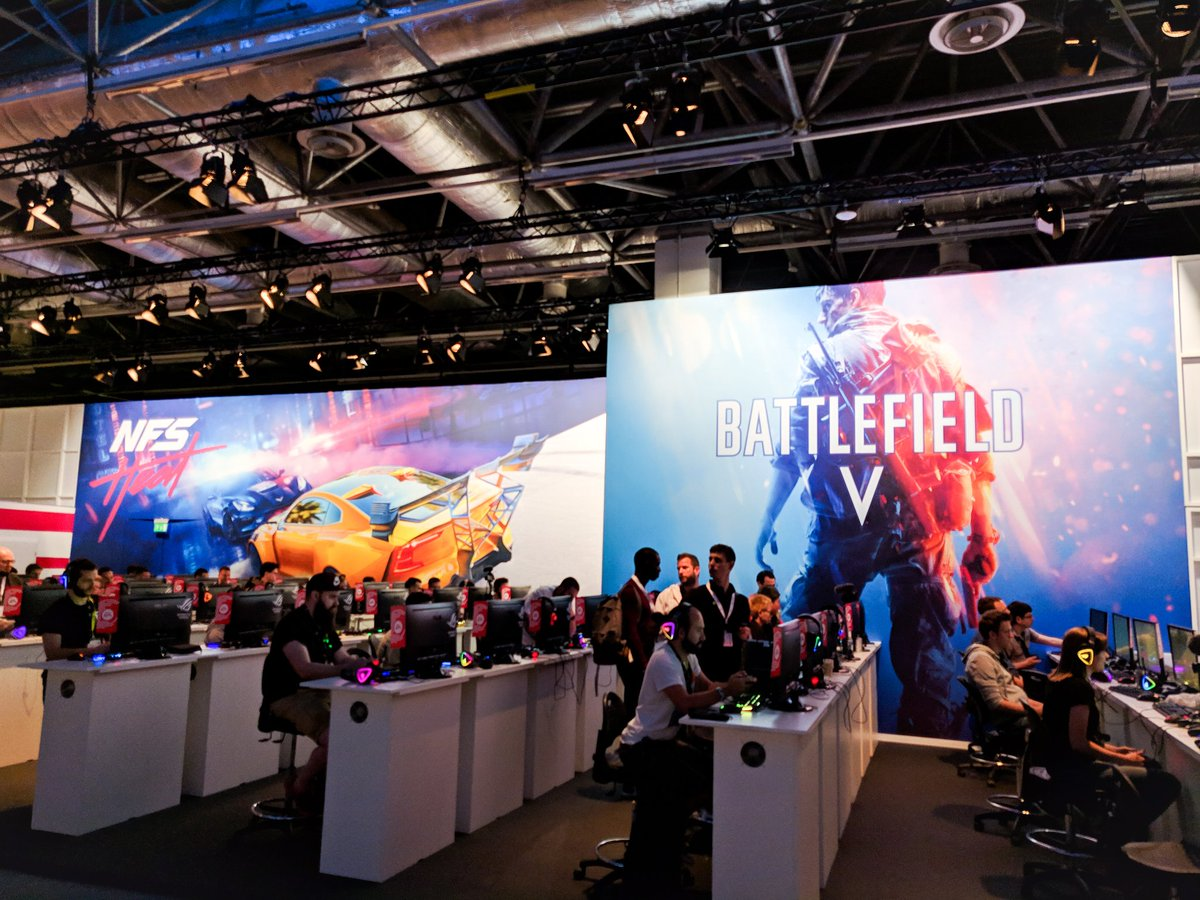 Hands on with brand new #BattlefieldV content this afternoon! I'm looking forward to seeing what DICE has been up to... <br>http://pic.twitter.com/AqX0TH3Bso