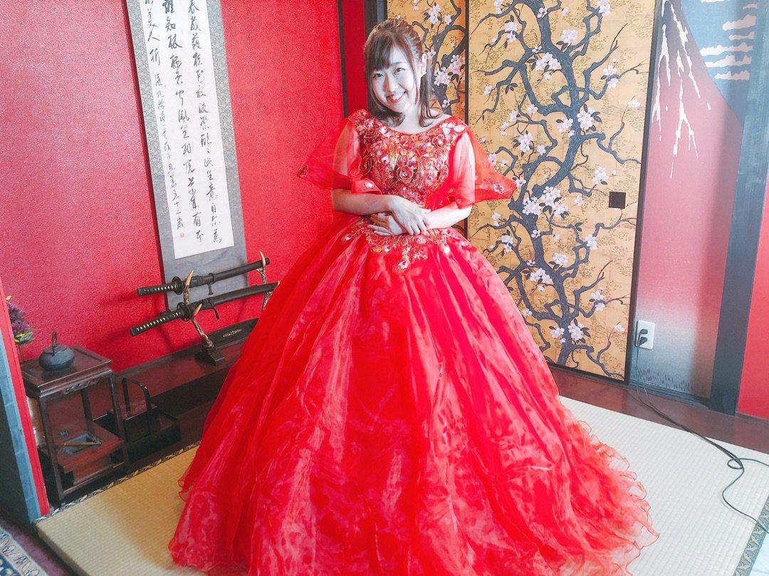 赤いドレスで撮影、画像 ー アメブロを更新しました#夏目亜季#赤いドレス