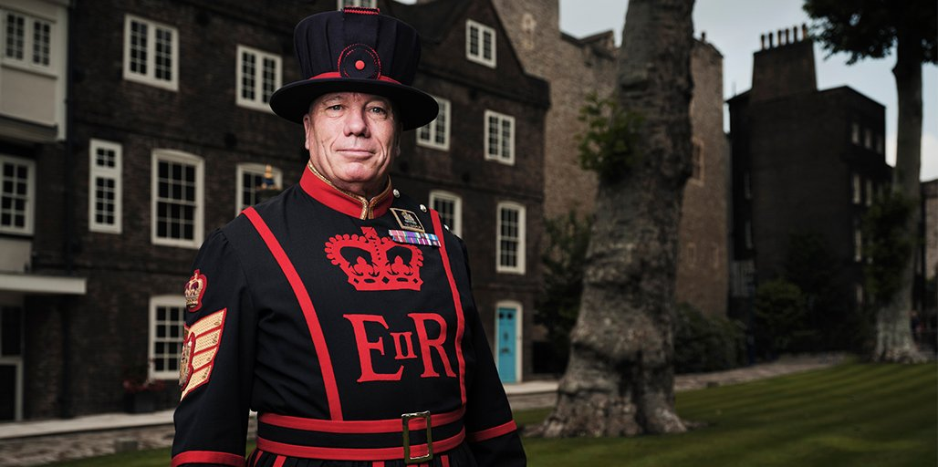 #InsideTheTower is back on @channel5_tv TONIGHT at 9pm for a new series! Tune in as we go behind the scenes to discover the incredible stories from over 1,000 years of history at this iconic fortress 🏰