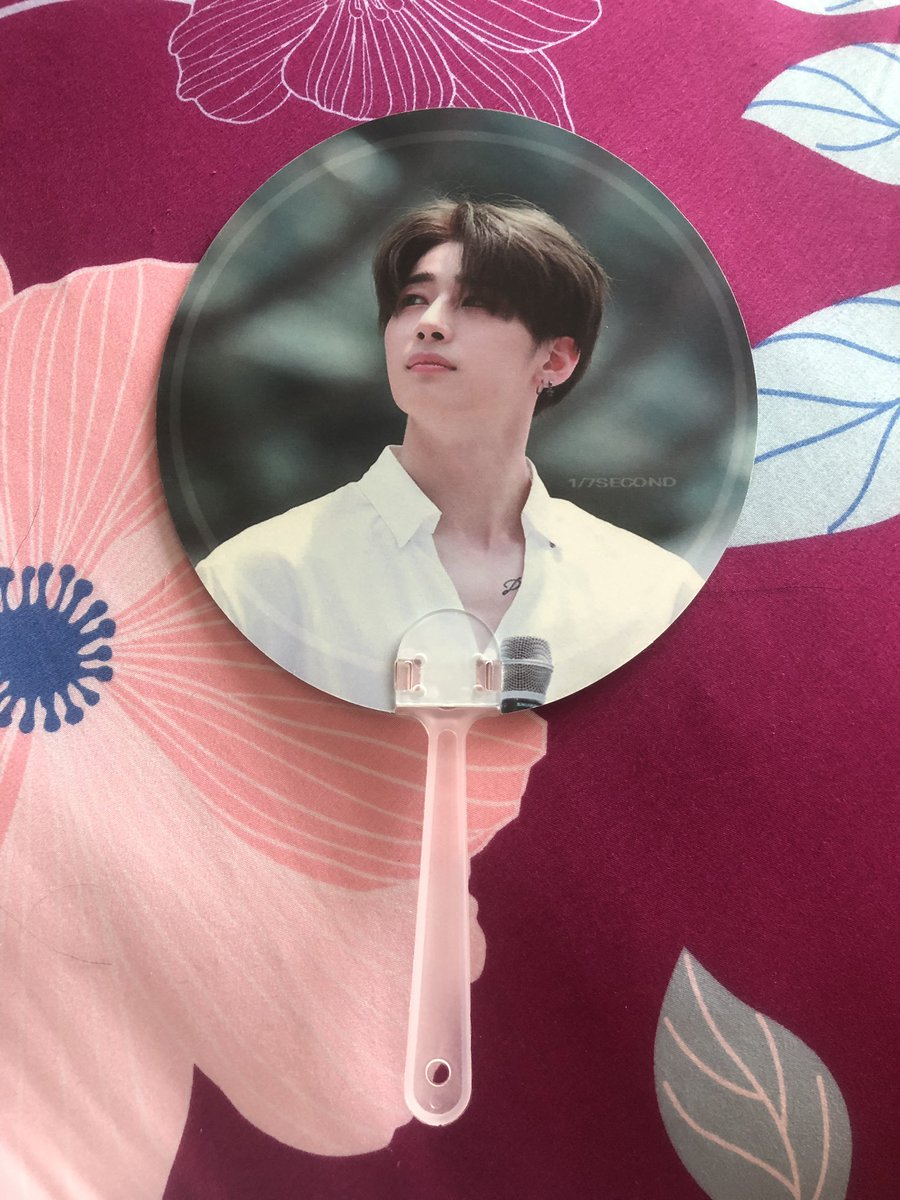 """[Pls RT] """" HANSEUNGWOO """" GIVE AWAY BY @skysister02  ♡ Fan ♡ Photocard ♡ Postcard andmore Siam : 25 AUG  Time : 15.00 - 18.00 Special Thanks @./one7thS #Skysister02Project1 #PRODUCE_X_101 #ตลาดนัดproducex101  #SEUNGWOO #ฮันซึงอู #ตลาดนัดX1 #한승우<br>http://pic.twitter.com/M8IretGSzJ"""