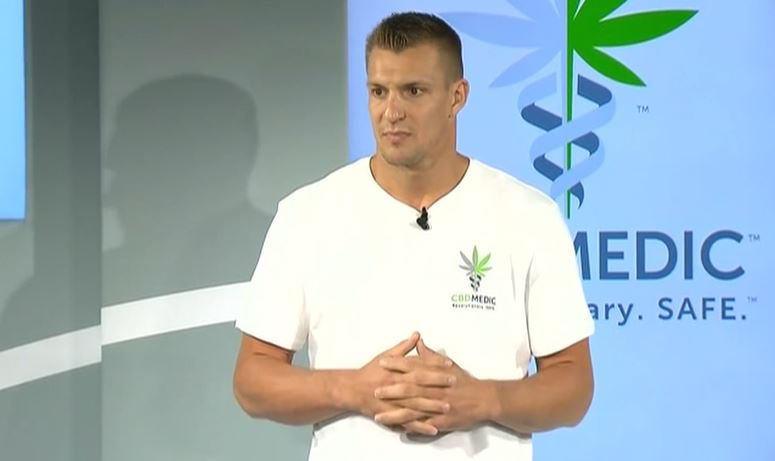 Rob Gronkowski advocating for pro athletes to use CBD products https://t.co/nfB2yCNjgF https://t.co/VdTu7hbjn5