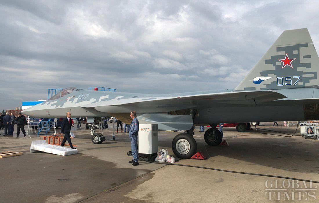 مقاتله Sukhoi T-50 PAK FA سيتغير اسمها الى Su-57  - صفحة 7 EC_eGoRXoAE9Bvn