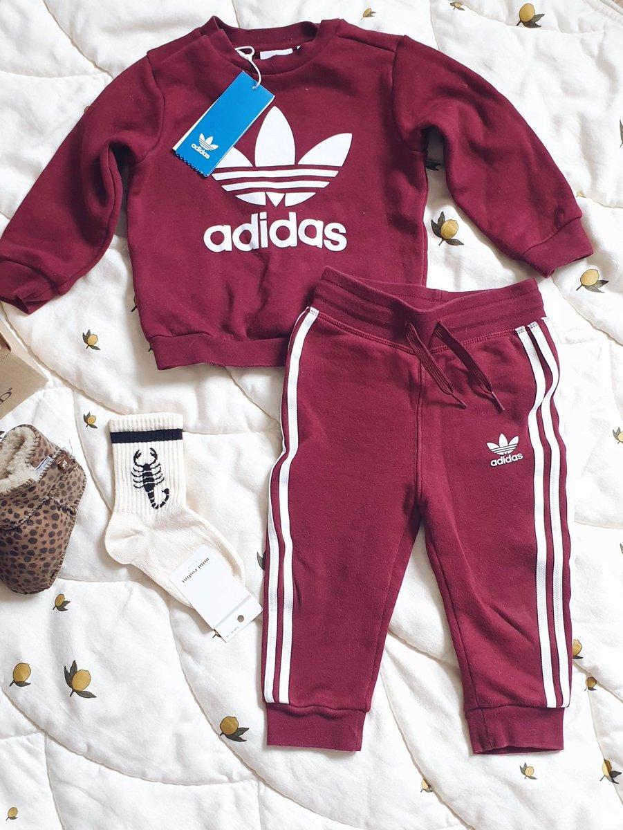 Dags att fylla på barnens garderob?🧒 Det här setet från Adidas är en riktig favorit! Du hittar det här: https://t.co/Pfz8V4U59o  Inte din stil? Du hittar alla barnkläder här: https://t.co/uDm4h9nyL5 https://t.co/d2SMxL8O4a