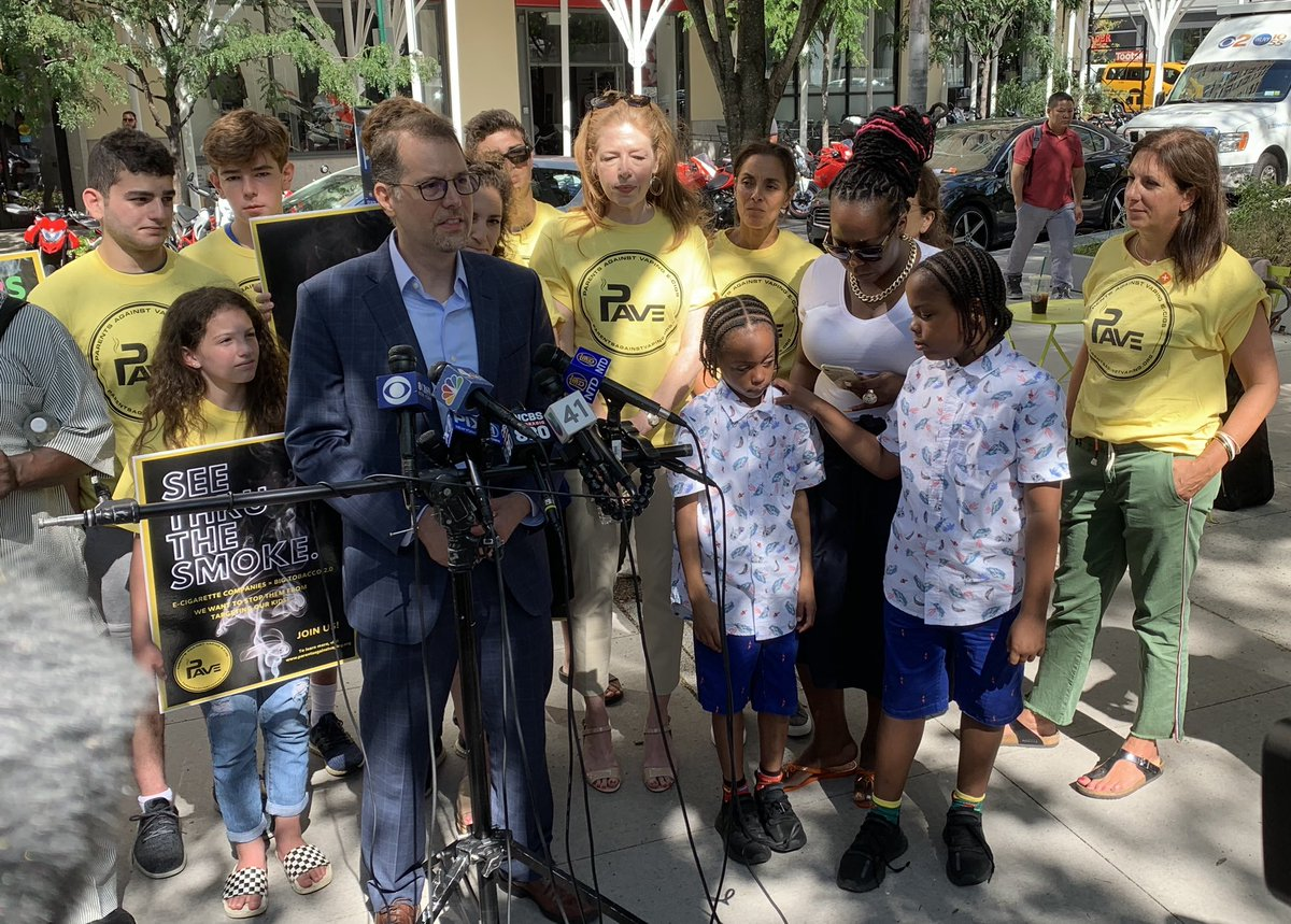 """We are supporting the 1362 law to protect children who are being directly targeted by @JUULvapor. We can't have our kids being introduced to tobacco by this. We need this to stop!"" - @MarkLevineNYC #BackToSchoolNotBackToJuul"