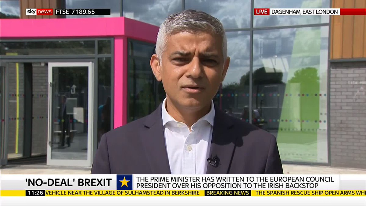 .@SadiqKhan has urged the home secretary to drop any plans to instantly end the free movement of EU workers in the event of a no-deal Brexit. The London mayor says its wrong, callous and cruel to use people as bargaining chips. More here: po.st/4XCO9z