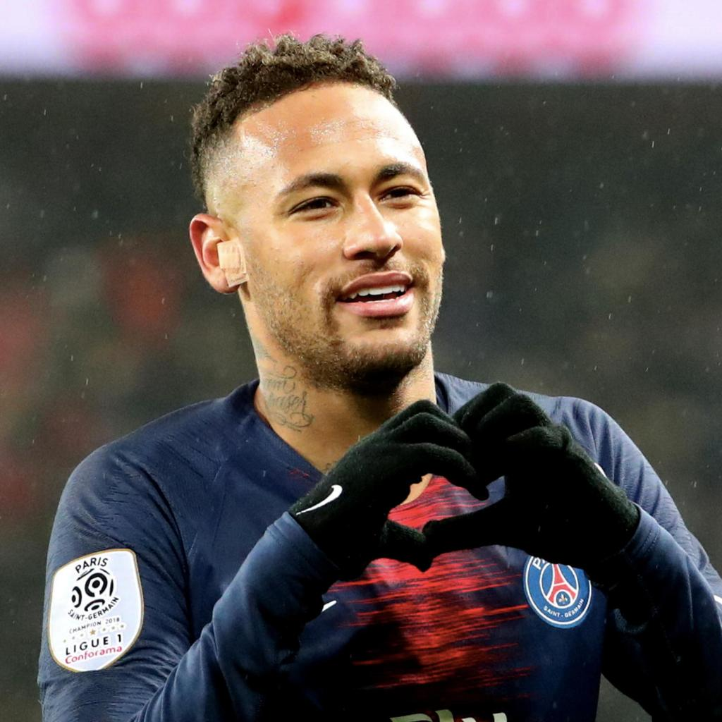 🇧🇷 #Neymar Jr. ⭐ Descrivi il fuoriclasse brasiliano con una parola: _________✍ #UCL