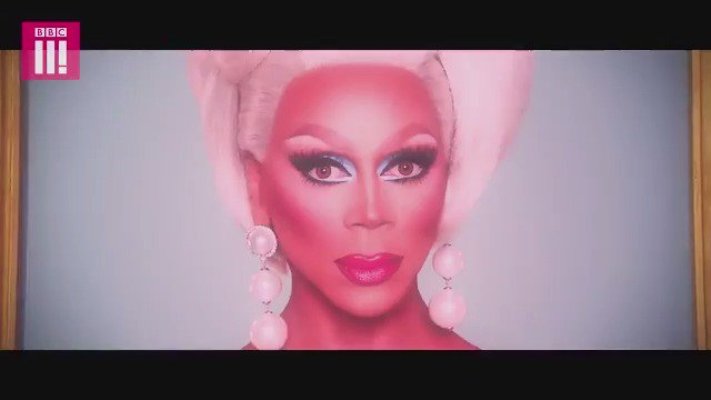 Mama Ru has made a trip across the pond in search for a queen with the most charisma, uniqueness, nerve and talent in all the land. Here is your very FIRST look at the werk room. #DragRaceUK