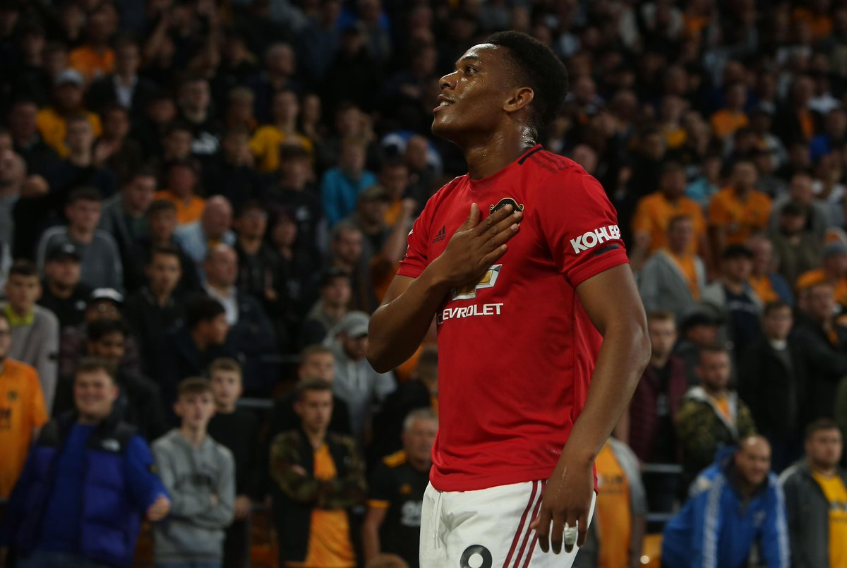 """Anthony Martial put in a """"proper centre-forward display"""" against Wolves, thinks Ryan Giggs ➡️http://preml.ge/oIm3m4"""