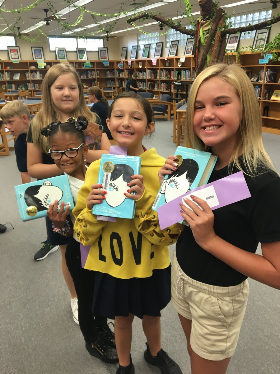 The excitement is contagious! These Bobcats are ready to read! #WorkHardBeKind #DontStopBelievin #BobcatsFirst<br>http://pic.twitter.com/MDdsv5xHkG