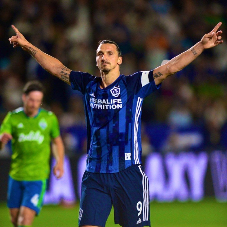 Zlatan Ibrahimovic for LA Galaxy: 👕 47 games ⚽️ 40 goals 🎯 10 assists 37 years old and bossing the league. 🦁