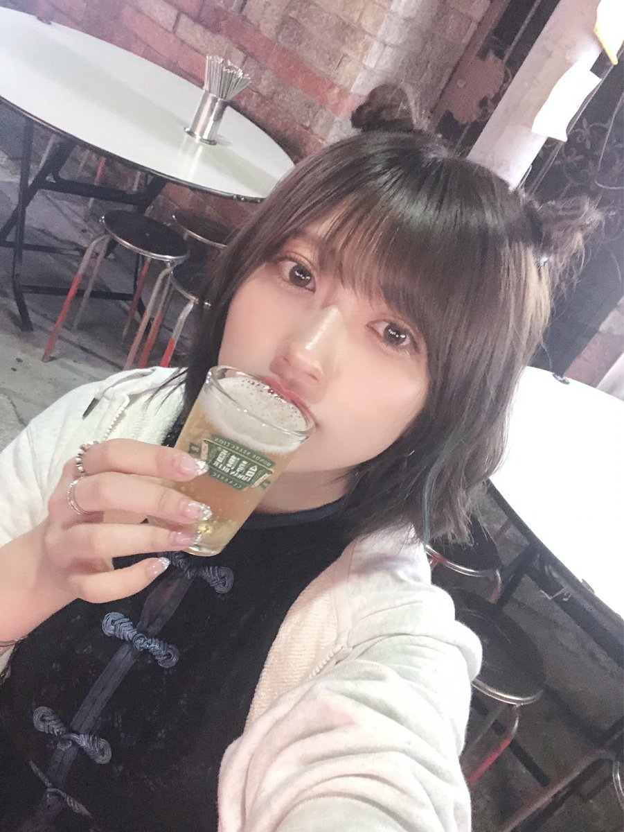 普段はビール飲めないんだけど台湾ビールは美味しく飲めた🍻あ、きのう日本帰ってきましたただいま!!!!!